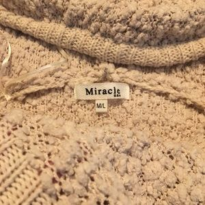 Miracle Tops - 🙋🏻‍♀️Adorable popcorn Beige hooded sweater
